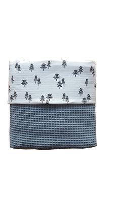 Ledikant deken wafelstof oud-blauw boompjes